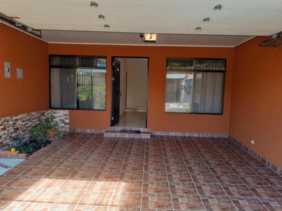 Foto Casa en Venta en Cartago, Cartago - U$D 105.000 - CAV49602 - BienesOnLine