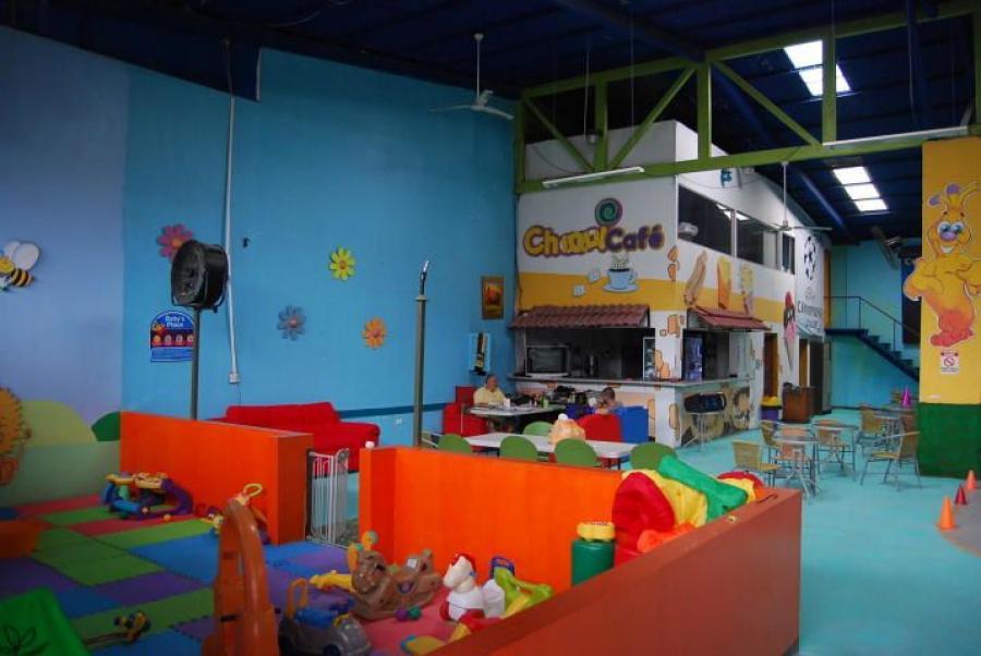 Foto Comercio en Alquiler en SantaAnaPozos, Santa Ana, San Jos� - U$D 6.000 - CMA24856 - BienesOnLine