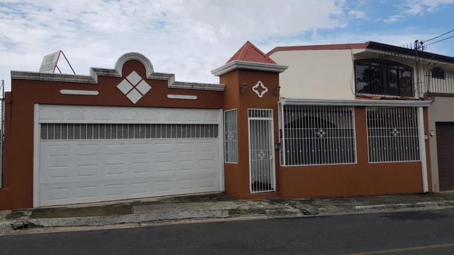Foto Casa en Venta en Heredia, Heredia - 166 m2 - U$D 153.000 - CAV20478 - BienesOnLine