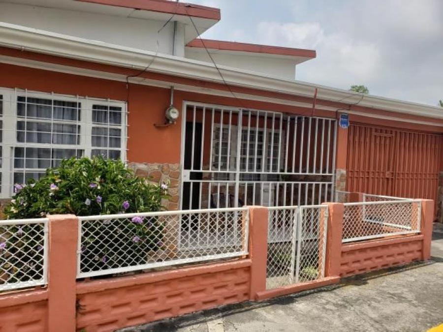 Foto Casa en Venta en 400 mts del Hospital nuevo, 300mts del Mercado Mun, Heredia, Heredia - U$D 158 - CAV19861 - BienesOnLine