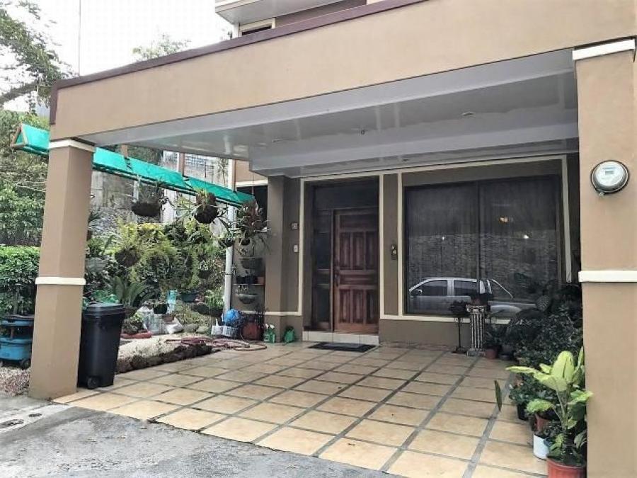 Foto Casa en Venta en Moravia, San Jos� - 249 m2 - U$D 141 - CAV21540 - BienesOnLine