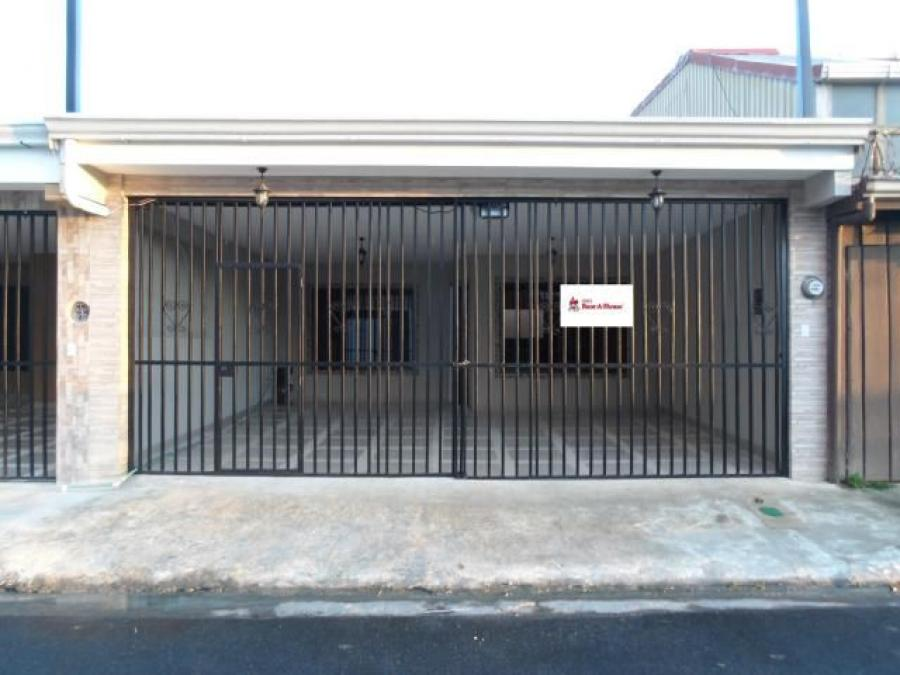 Foto MLS 19-625 Venta dehermosa casa en San Jose  CAV20371