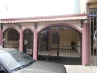 Casa en Venta en La Guaria Heredia