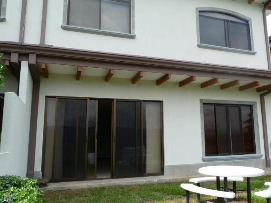 Foto Casa en Venta en Alajuela, Alajuela - 300 m2 - U$D 300.000 - CAV24690 - BienesOnLine