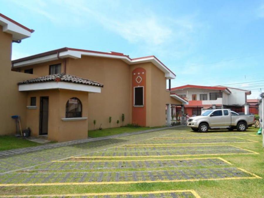 Foto Apartamento en Alquiler en Residencial Monserrat, Tres R�os, Cartago - ¢ 300.000 - APA20115 - BienesOnLine