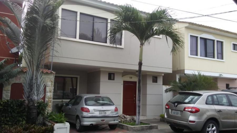 Foto Casa en Venta en La Aurora, Daule, Guayas - 140 m2 - U$D 128.000 - CAV30339 - BienesOnLine