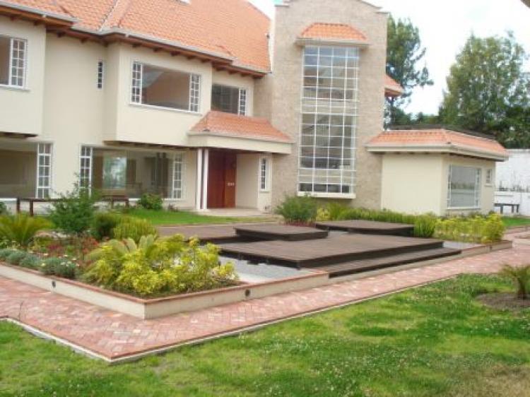 Casa en venta en quito campo alegre 900 m2 u d 800000 cav4224 - Casas en quito ecuador ...