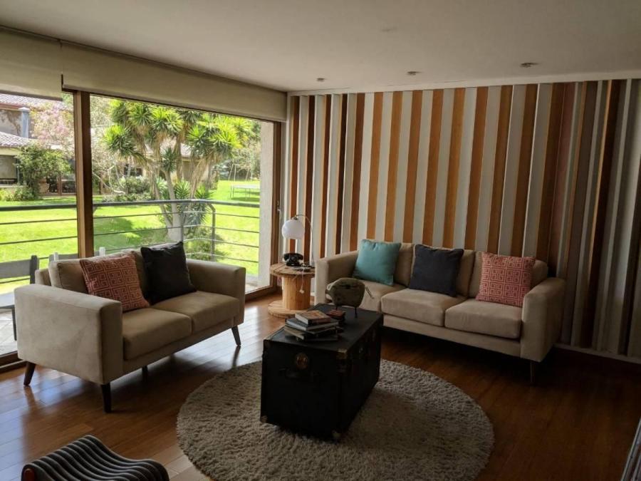 Foto Lindo departamento de venta en Cumbaya sector Site Center,  3 dormitorios con terraza DEV30040