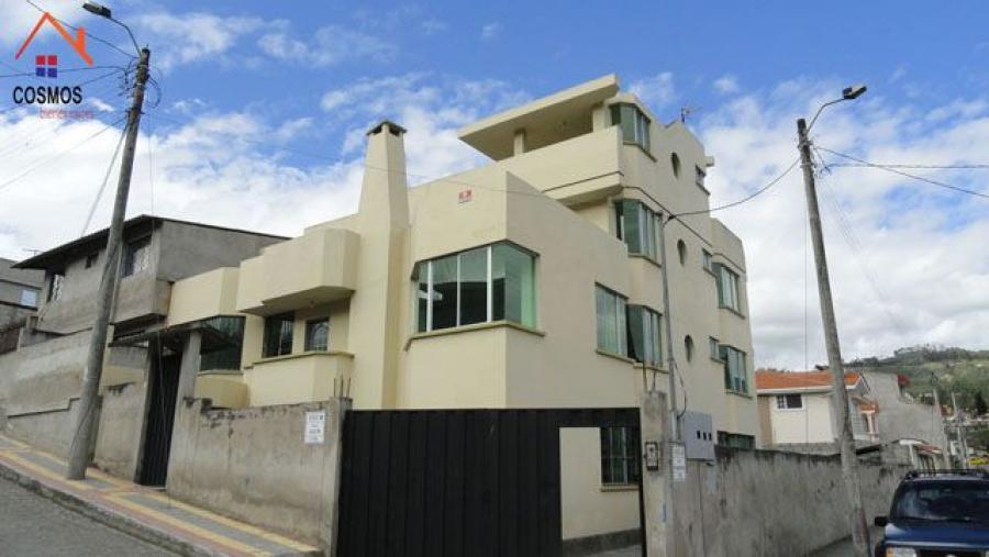Foto Casa en Venta en Otavalo, Imbabura - 645 m2 - U$D 260.000 - CAV18124 - BienesOnLine