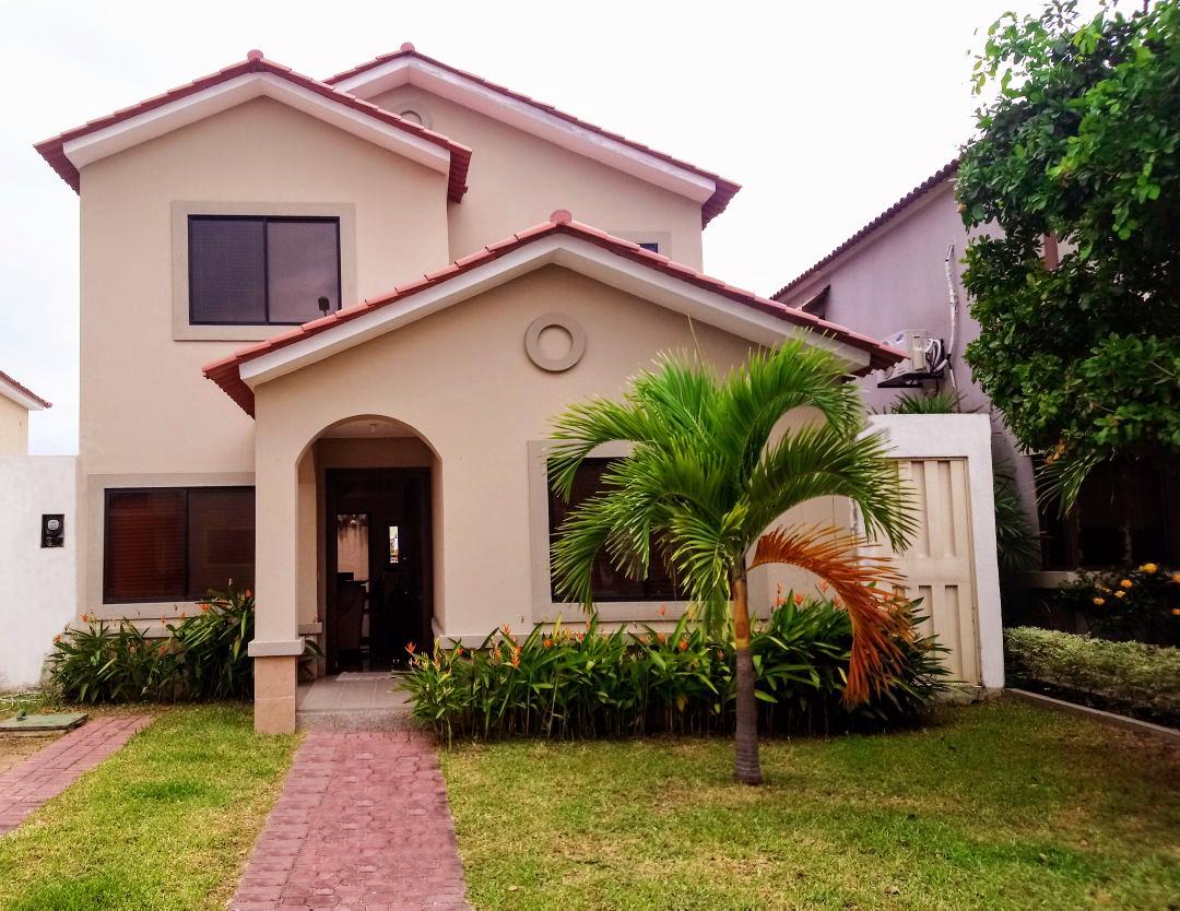 Foto Venta Casa Ciudad Celeste  La Serena Via Samborondon - Guayaquil  4  Habitaciones CAV28054 1b4070541bf2
