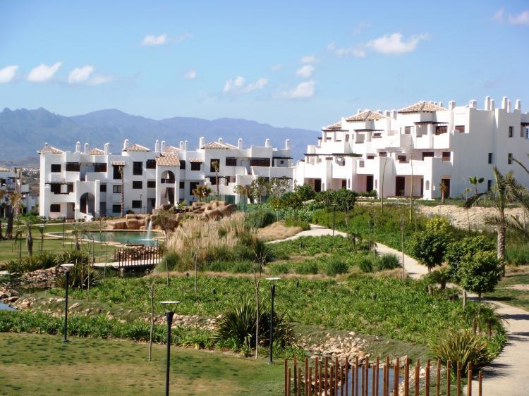 Foto Apartamento en Venta en Vera . 76 m2.2 habitaciones.  €  202600 APV2361