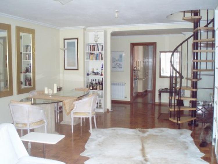 Piso en venta en castro urdiales ostende 4 habitaciones for Pisos en castro urdiales