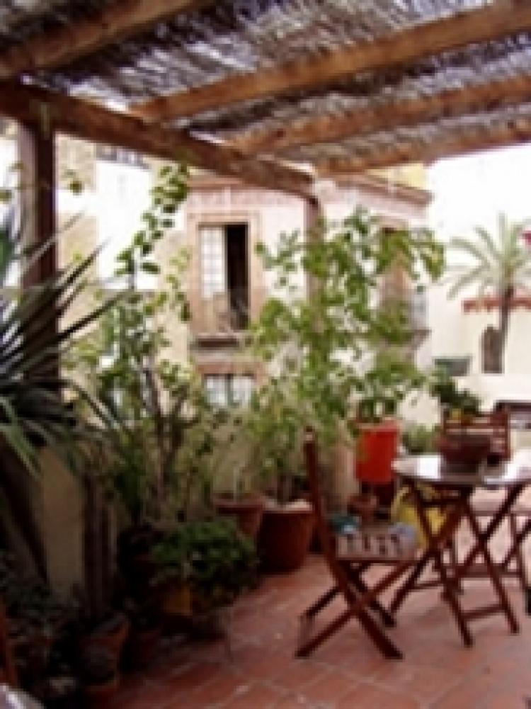 Estudio en alquiler por temporada en sevilla san gil 38 for Alquiler de apartamentos por dias en sevilla
