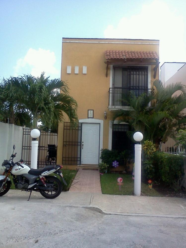 Casa 3 Recamaras En Residencial Cantabria Cerca Plaza Outle Cancun