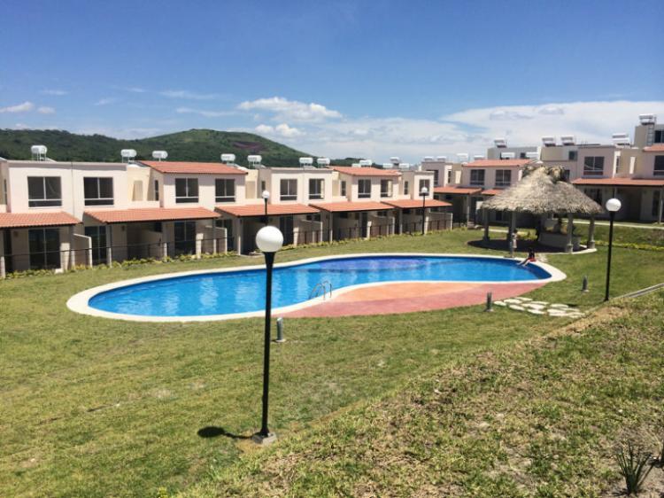 Casa Con Terraza En Cuernavaca 3 Recamaras Infonavit Cav104758