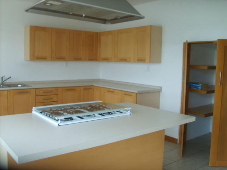 Casa renta bosques tres mar as car57677 for Alquiler de casas baratas en sevilla este