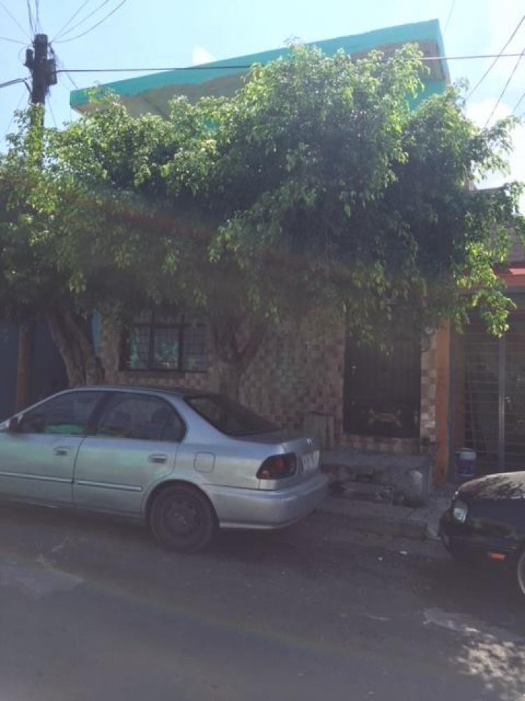 Foto Casa en Venta en Lomas de Oblatos, Guadalajara, Jalisco - $ 950.000 - CAV236242 - BienesOnLine