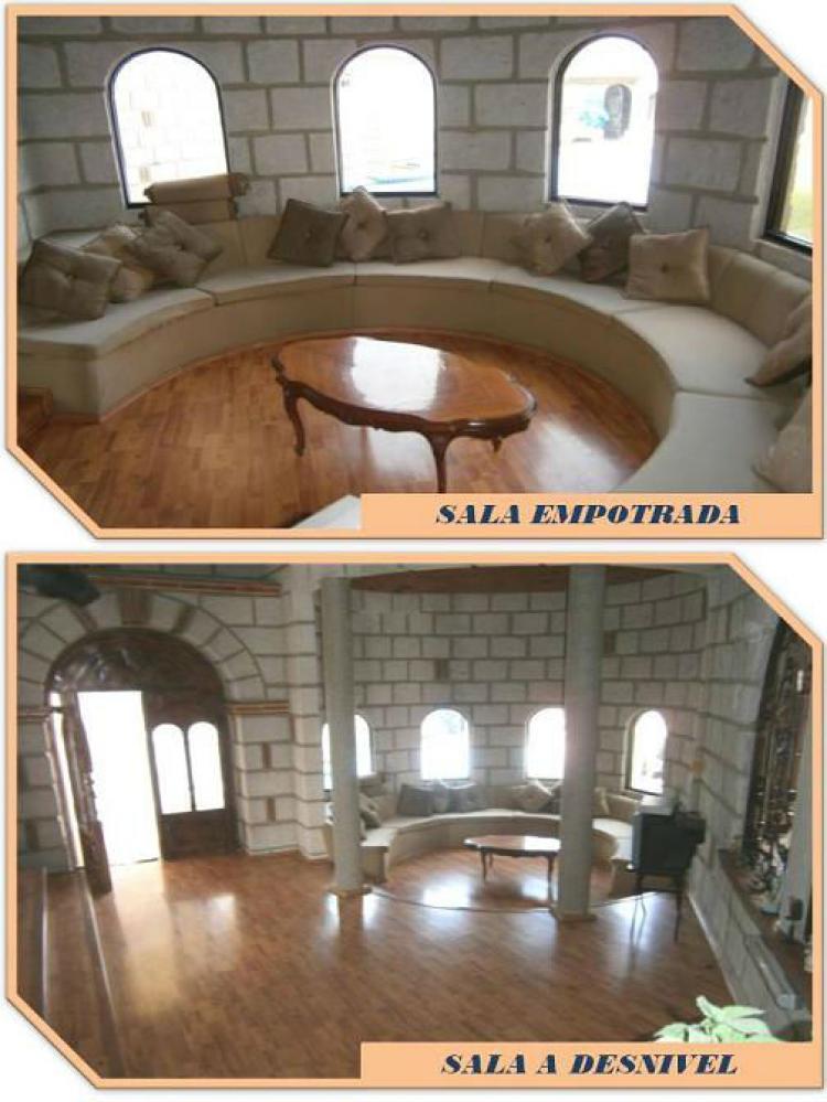 Casa en venta en queretaro cav51622 for Alquiler de casas baratas en sevilla este