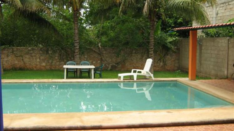 casa con piscina amueblada en renta en merida zona norte