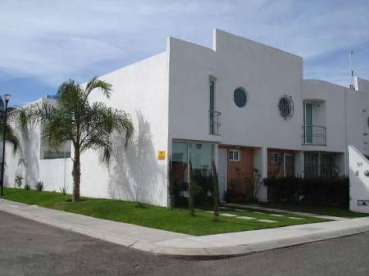 Casas Infonavit Queretaro : Vive en sjr queretaro hermosas casas con alberca infonavit shf