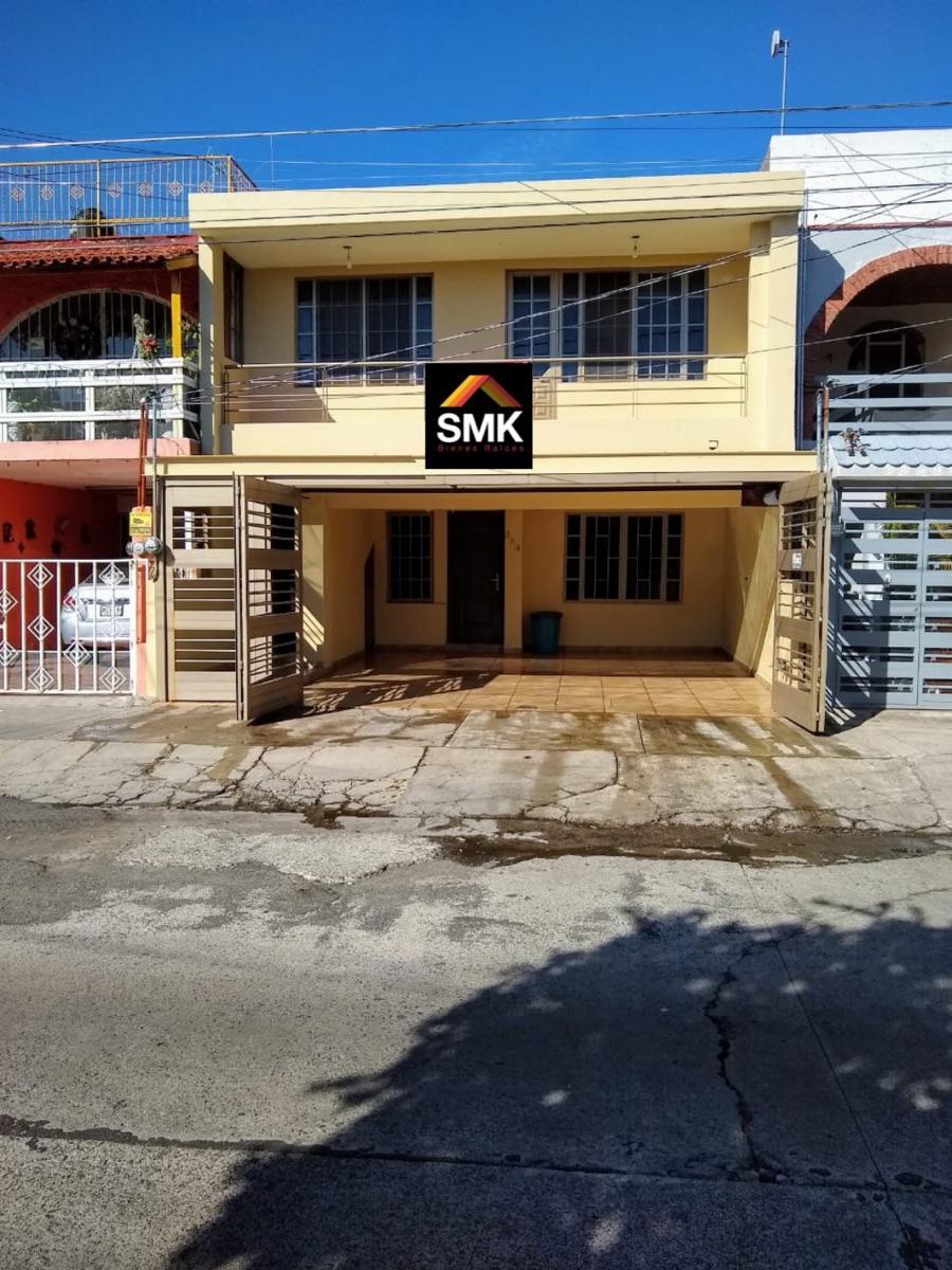 Foto Casa en Venta en Colinas de la normal, Guadalajara, Jalisco - $ 4.800.000 - CAV281454 - BienesOnLine