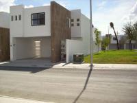Casa en Renta en Pedregal de Oriente Guadalupe