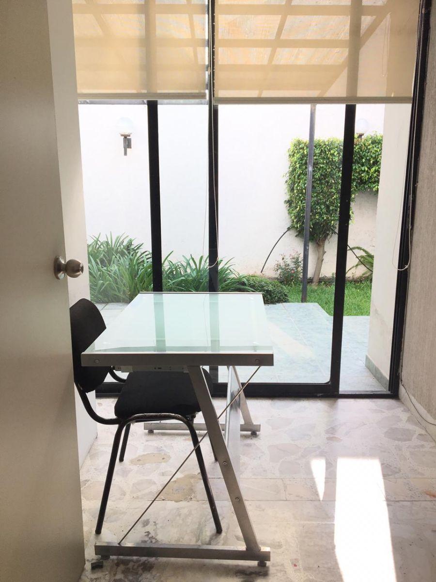 Foto Oficina en Renta en BOSQUES CAMELINAS, Morelia, Michoacan de Ocampo - $ 4.500 - OFR291059 - BienesOnLine