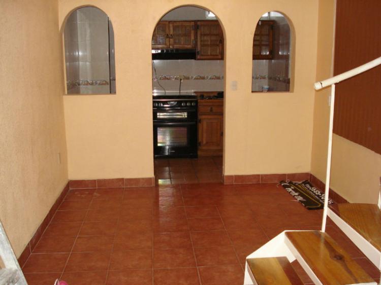 vendo casa amplia 4 recamaras 2 baños cocina integral CAV96194