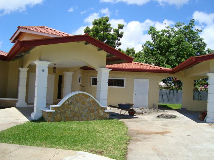 Foto Casa en Alquiler en David, Chiriqu� - U$D 1.700 - CAA589 - BienesOnLine