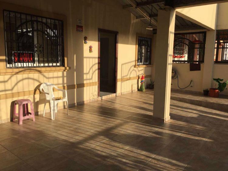 Foto Casa en Alquiler en Barrio Colon, La Chorrera, Panam� - U$D 650 - CAA5535 - BienesOnLine