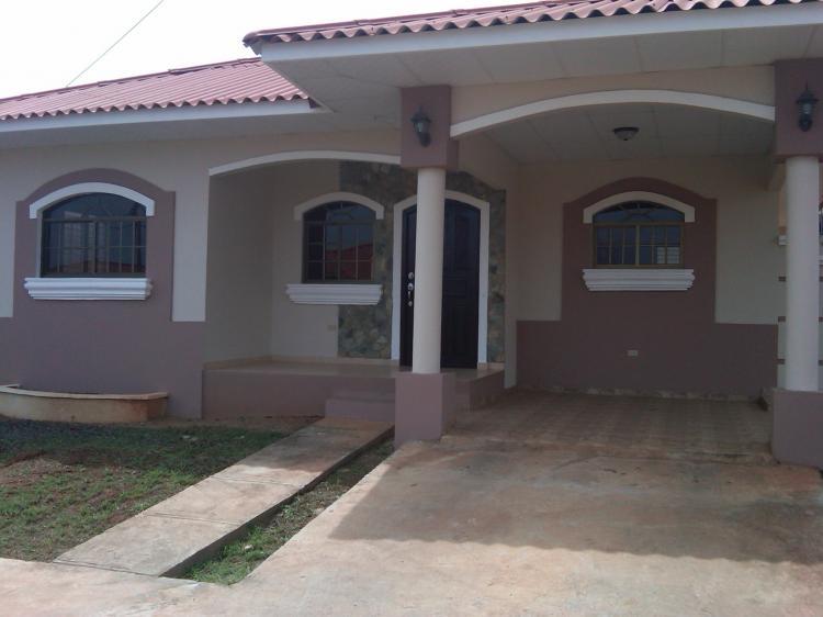 Alquiler residencias chitre excelentes propiedades caa2037 for Busco casa en alquiler