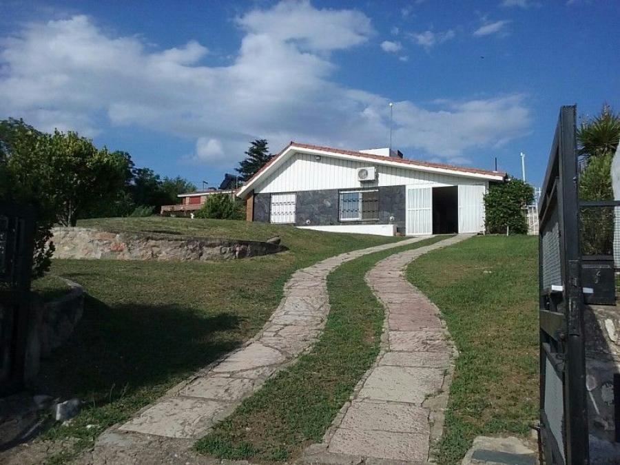 Foto Casa en Venta en Villa Carlos Paz, C�rdoba - 100 m2 - U$D 135.000 - CAV106125 - BienesOnLine