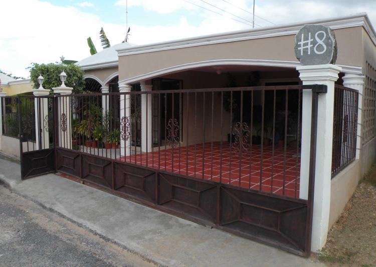 Vendo Casas De 1 Y 2 Niveles En La Av Jacobo Majluta Cav719