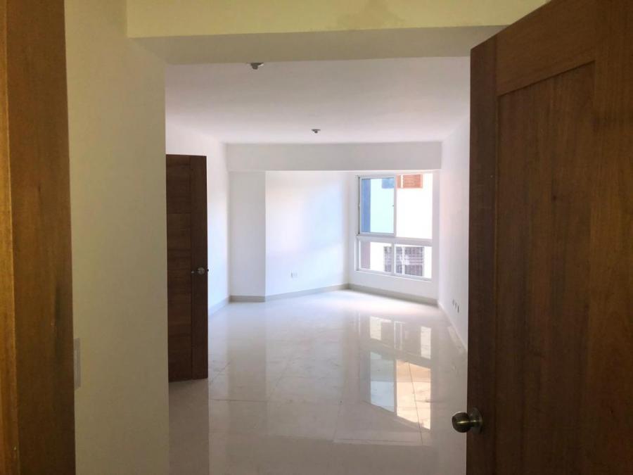 Foto Apartamento en Venta en Los Restauradores, Distrito Nacional - $ 4.800.000 - APV7809 - BienesOnLine