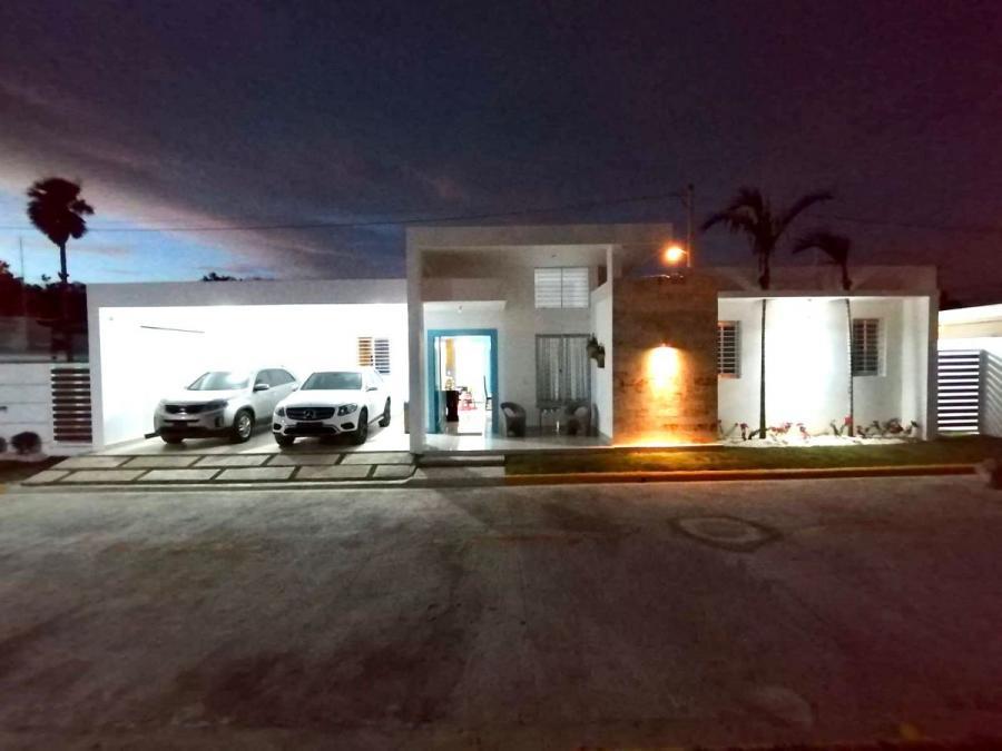 Foto Casa en Venta en Pontezuela, Santiago de los treinta Caballeros, Santiago - U$D 183.000 - CAV13920 - BienesOnLine