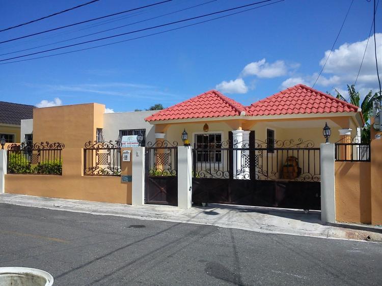 Bella Casa En Gurabo Santiago Precio De Oportunidad