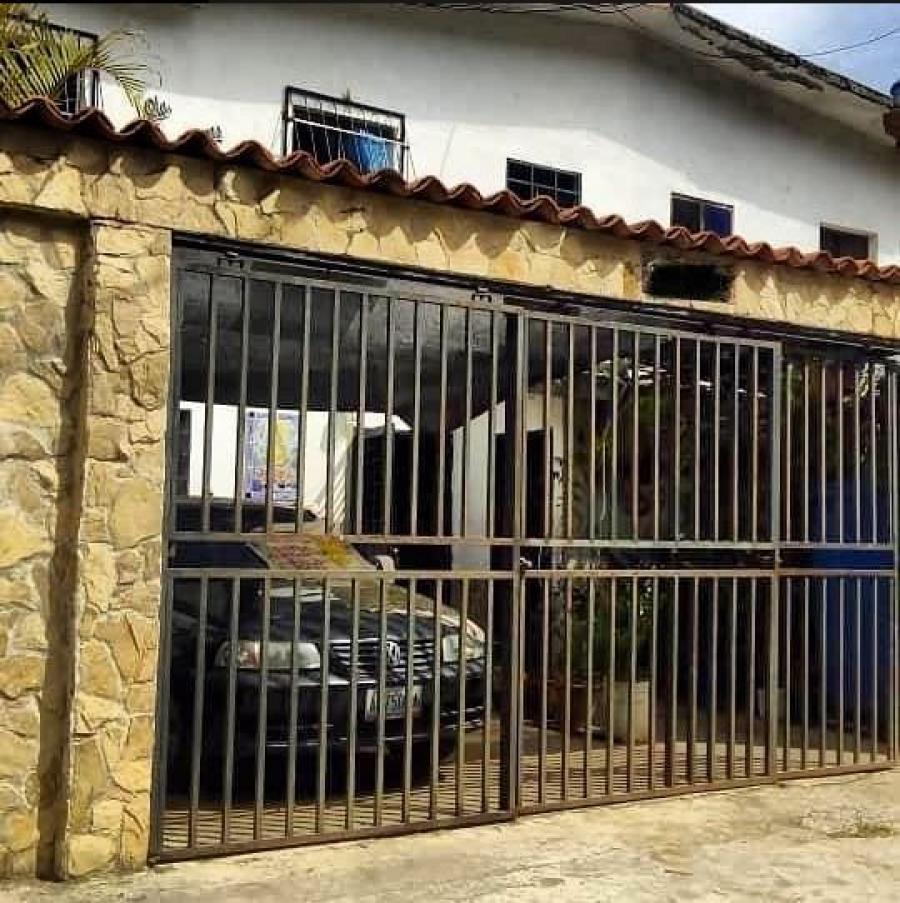 Foto Casa en Venta en Lagunetica, Los Teques, Miranda - BsF 40.000 - CAV114983 - BienesOnLine