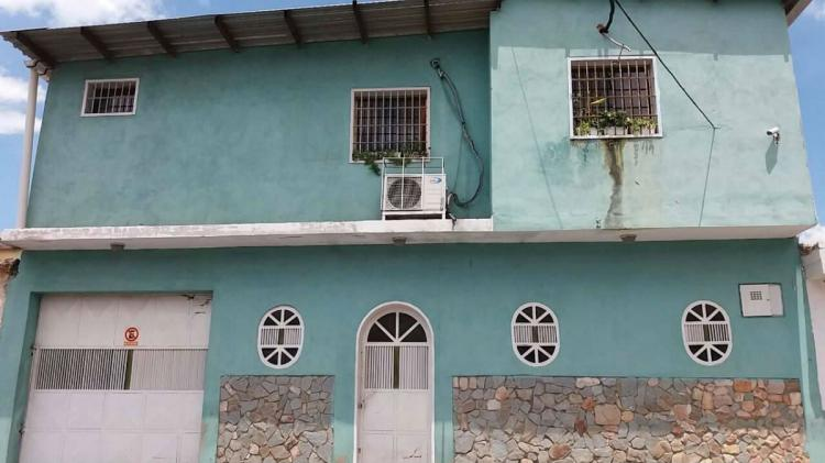 Foto Casa en Venta en 23 de enero, Maracay, Aragua - BsF 60.000.000 - CAV87517 - BienesOnLine