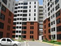Apartamento en Alquiler en Bosque Alto Maracay