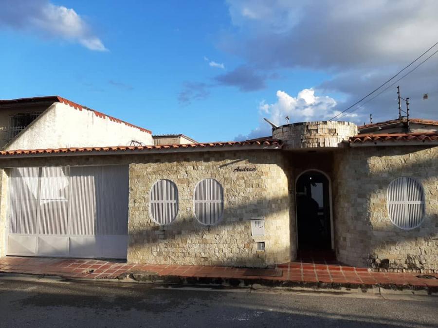 Foto Casa en Venta en Maracay, Aragua - U$D 21.500 - CAV104639 - BienesOnLine