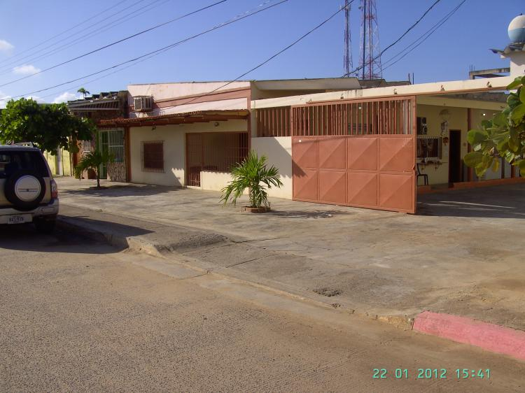 Foto Negocio en Venta en MONSE�OR ITURRIZA, Chichiriviche, Falc�n - BsF 2.900.000 - NEV47938 - BienesOnLine