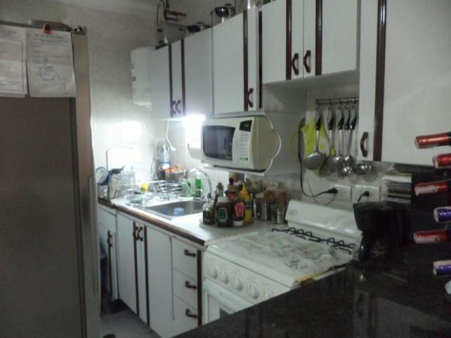 Foto Apartamento en Alquiler en El Milagro, Maracaibo, Zulia - BsF 200 - APA112582 - BienesOnLine
