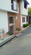 Casa en Alquiler en fernandez peña calle el silencio via pozo hondo