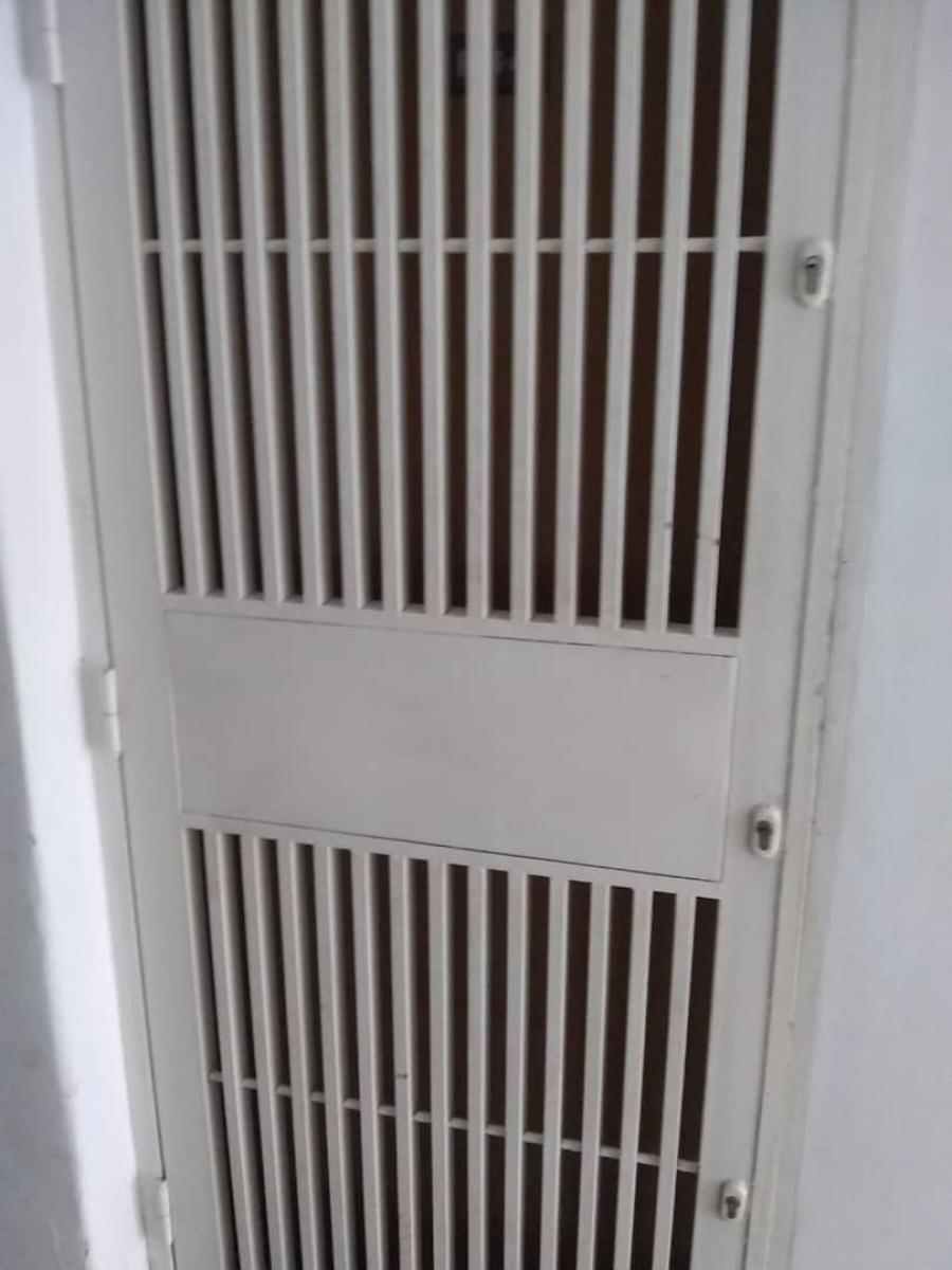 Foto Apartamento en Alquiler en Iribarren, Barquisimeto, Lara - U$D 350 - APA143965 - BienesOnLine