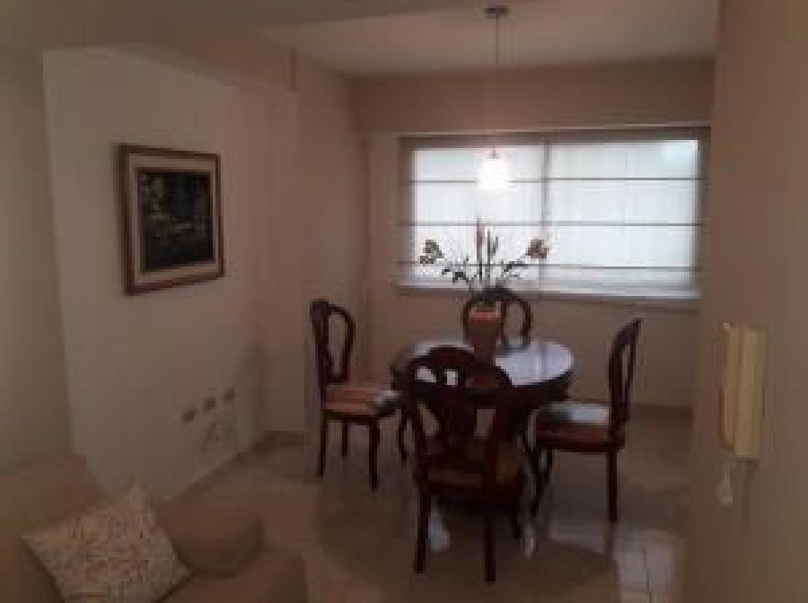 Foto Apartamento en Alquiler en Los Mangos, Valencia, Carabobo - U$D 200 - APA139565 - BienesOnLine