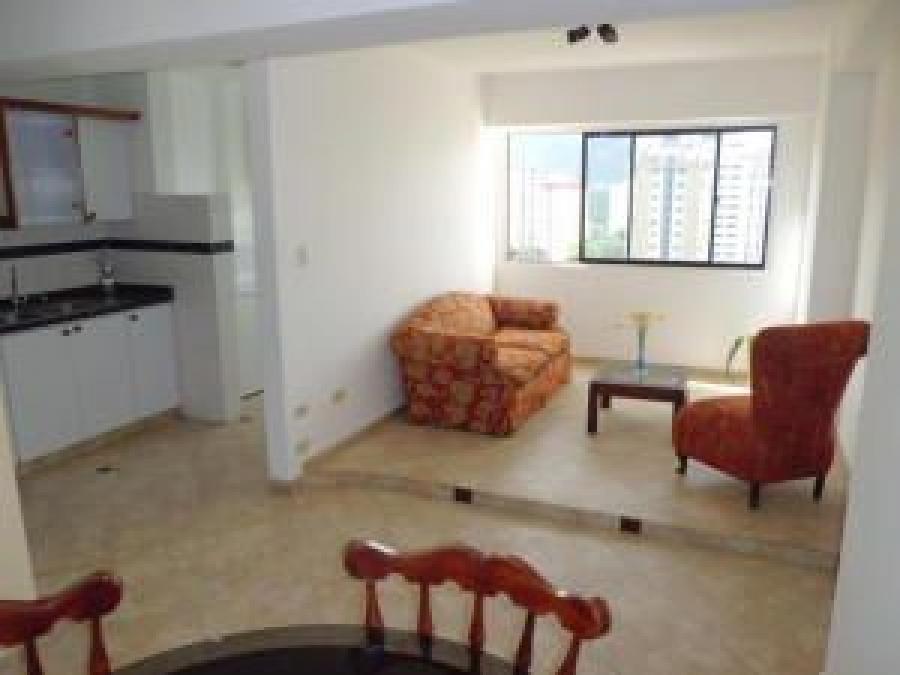 Foto Apartamento en Alquiler en Los Mangos, Valencia, Carabobo - U$D 240 - APA139581 - BienesOnLine