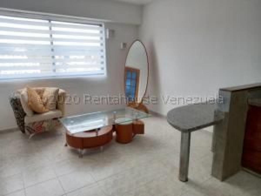Foto Apartamento en Alquiler en Los Mangos, Valencia, Carabobo - U$D 220 - APA139578 - BienesOnLine