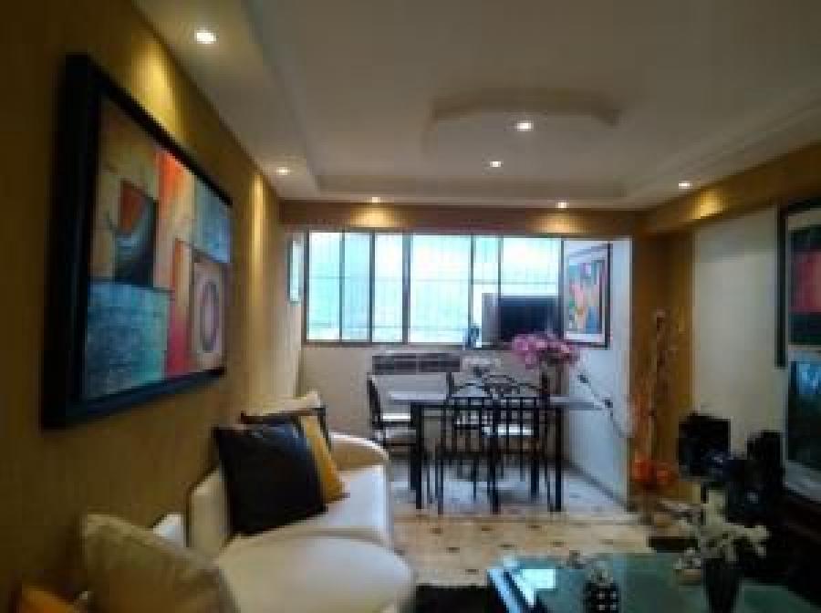 Foto Apartamento en Venta en Casco Central, Naguanagua, Carabobo - U$D 11.000 - APV140450 - BienesOnLine