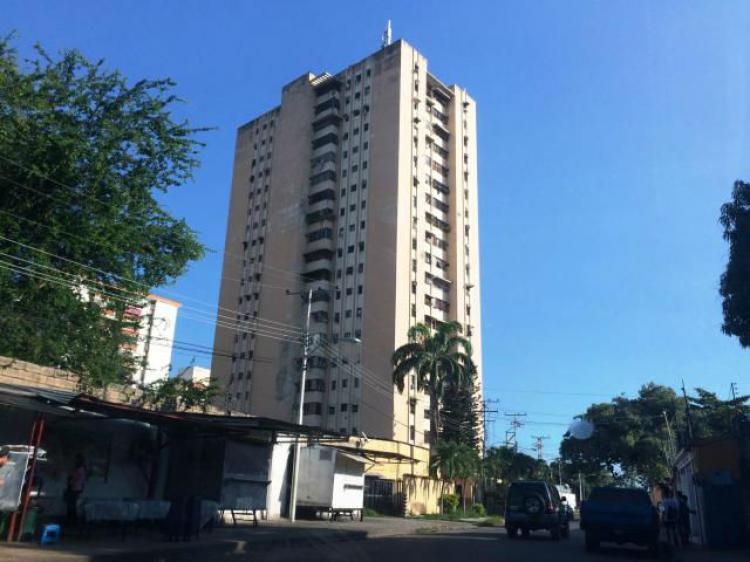 Foto Apartamento en Venta en LA COROMOTO, Maracay, Aragua - BsF 13.000 - APV109403 - BienesOnLine