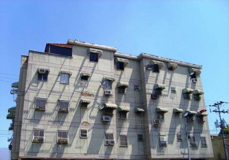 Foto Apartamento en Venta en Maracay, Aragua - BsF 7.000.000 - APV62430 - BienesOnLine